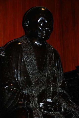 4-六榕寺 (4)-一千兩百多年的六祖銅像